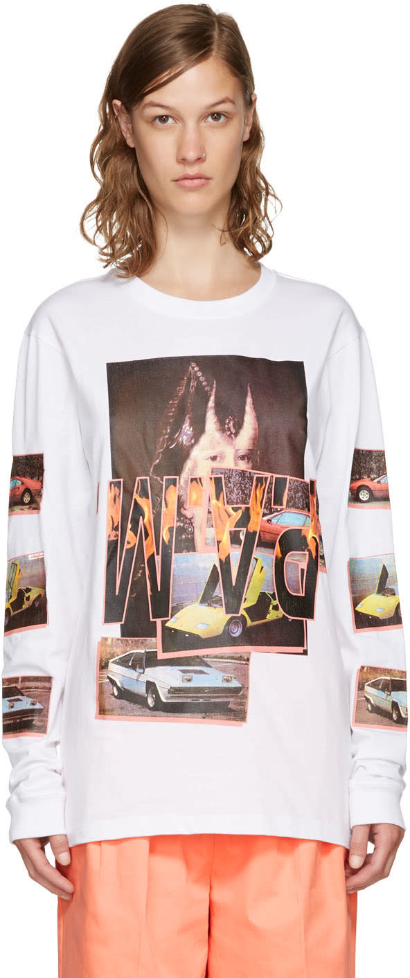 Perks And Mini White Witch Car T-shirt