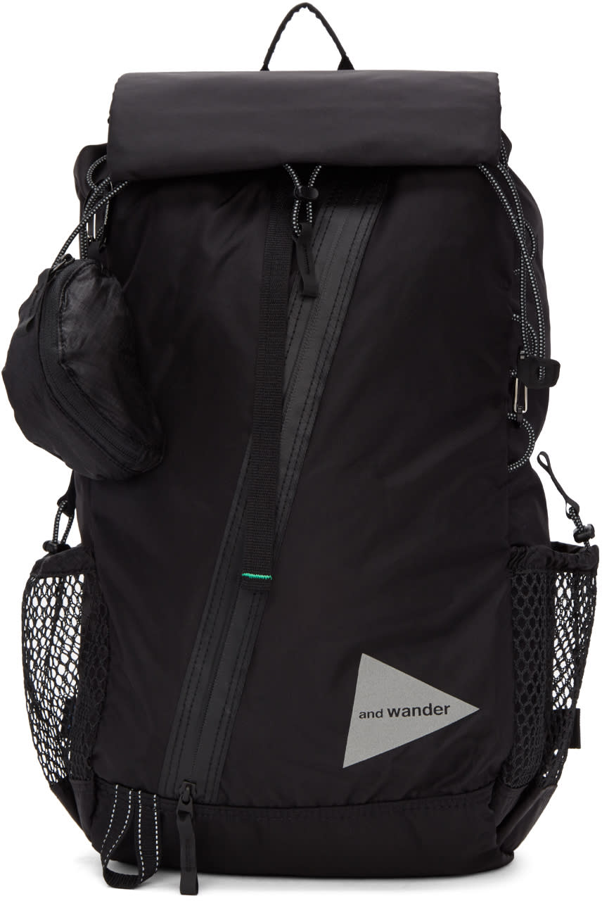And Wander Black 30l Backpack
