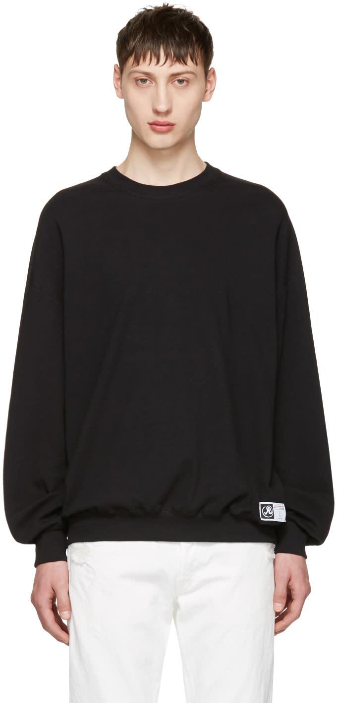 Richardson Black Simple Sweatshirt