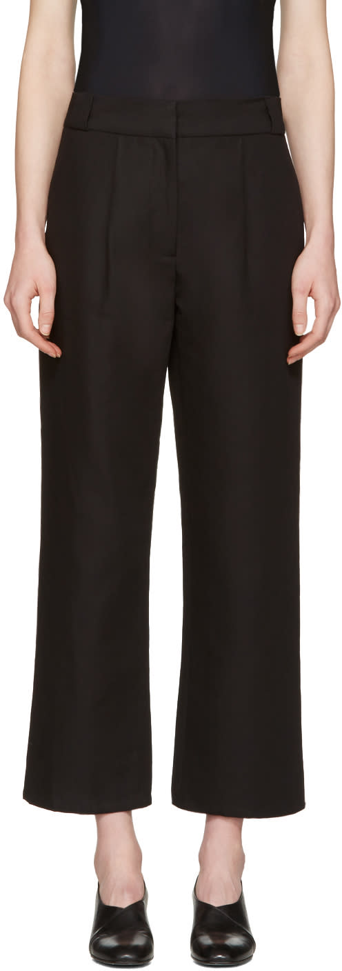 Moderne Black Tuck Trousers