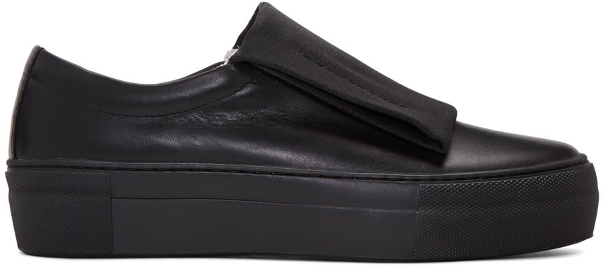 Image of Primury Black Curioand Sneakers