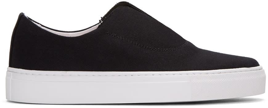 Primury Black Fabl Sneakers