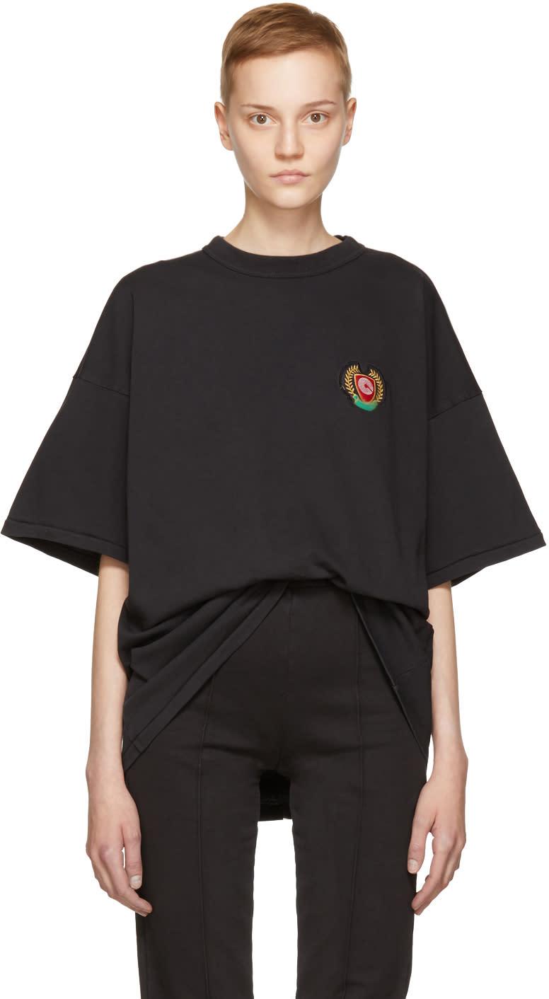 Image of Yeezy Black Crest Logo Classic T-shirt