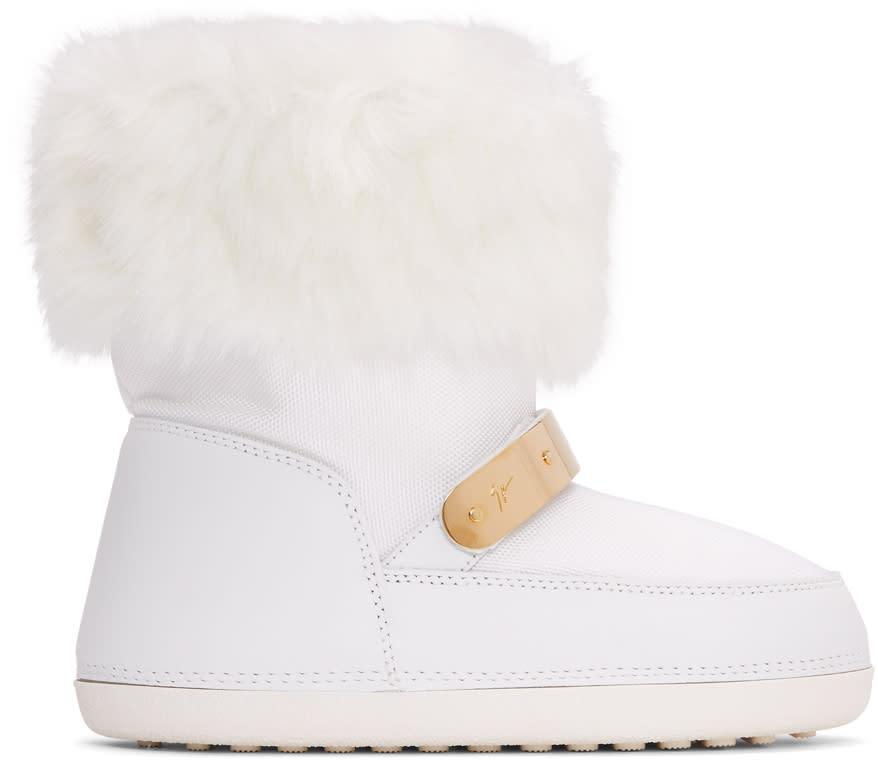 Giuseppe Zanotti White Fur Snow Boots