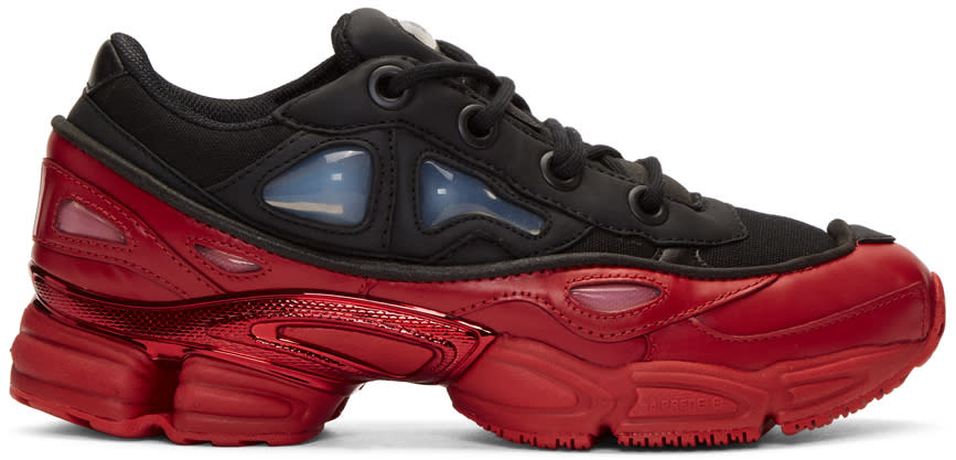 Raf Simons ブラック and レッド Adidas Originals Edition Ozweego 3 スニーカー