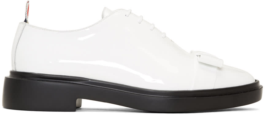 Thom Browne Chaussures Oxford En Cuir Verni Blanches Wholecut Bow