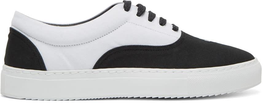 Marcelo Burlon County Of Milan Black and White Bai Sneakers
