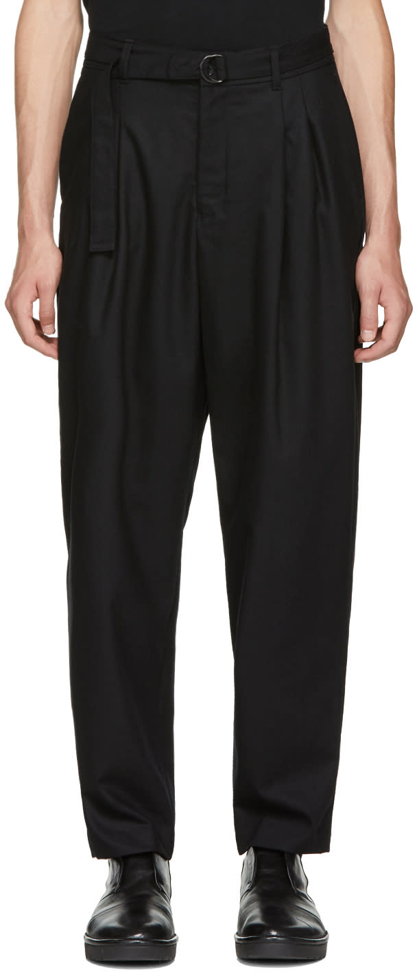 Image of Undecorated Man Black Two-tuck Wide Trousers