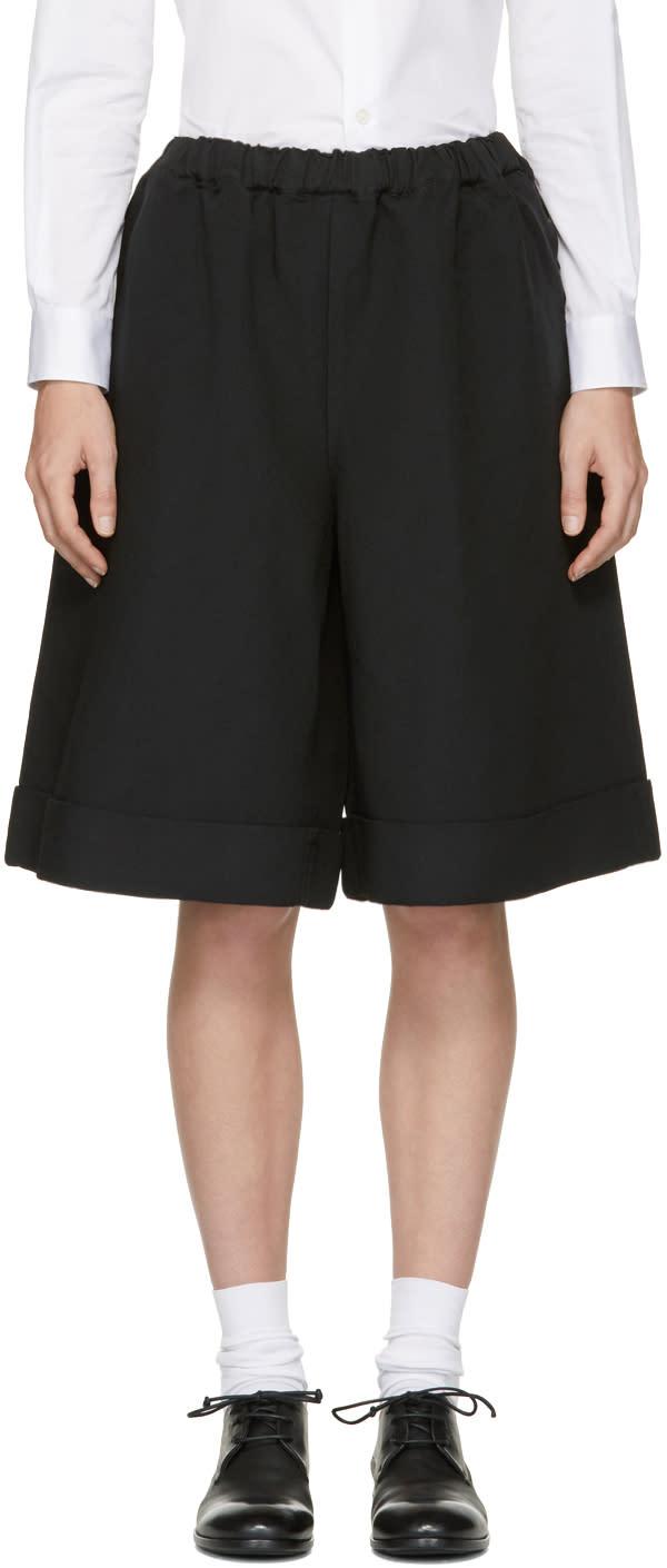 Image of Comme Des Garçons Comme Des Garçons Black Oversized Cuffed Shorts