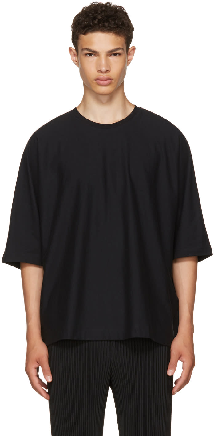 Image of Homme Plissé Issey Miyake Black Release T-shirt