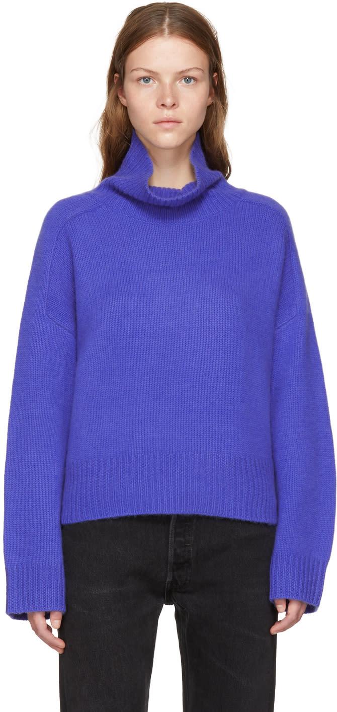 Image of Wendelborn Blue Oversized Cashmere Turtleneck