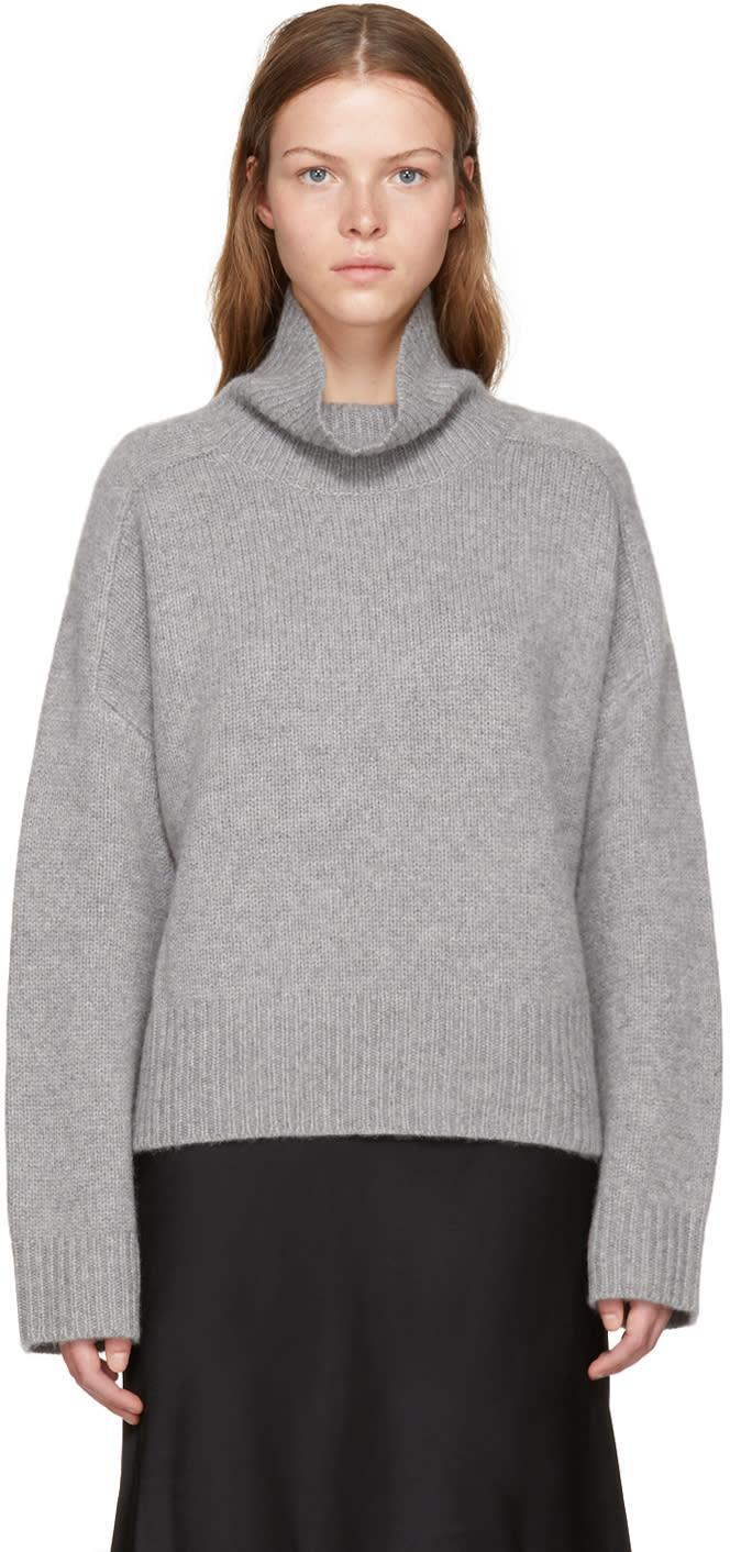 Image of Wendelborn Grey Oversized Cashmere Turtleneck