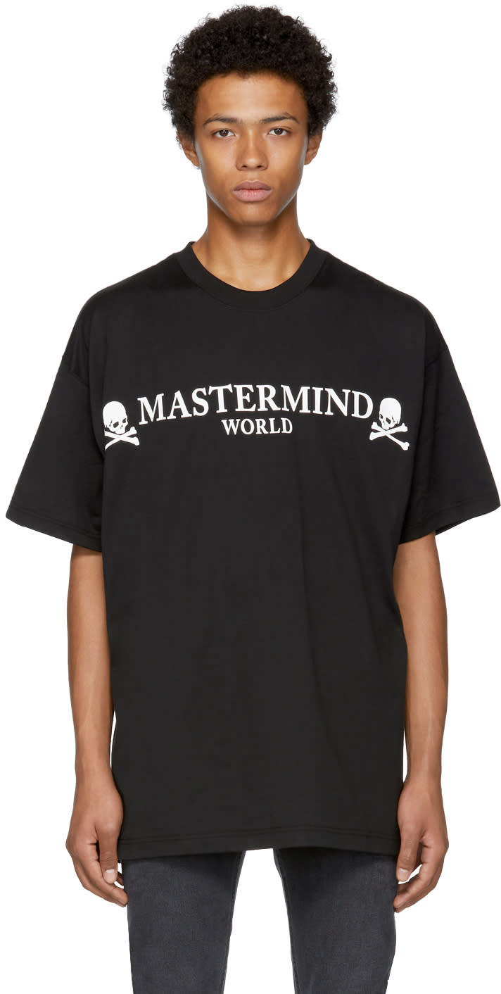 Image of Mastermind World Black Oversized Round Logo T-shirt