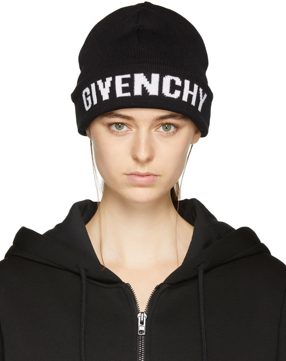 196703e2c37 Givenchy Black Logo Beanie