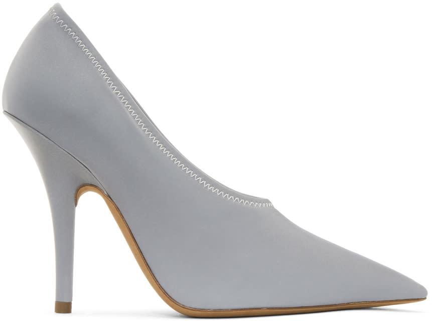53b7c98d59b Yeezy Grey Reflective Heels