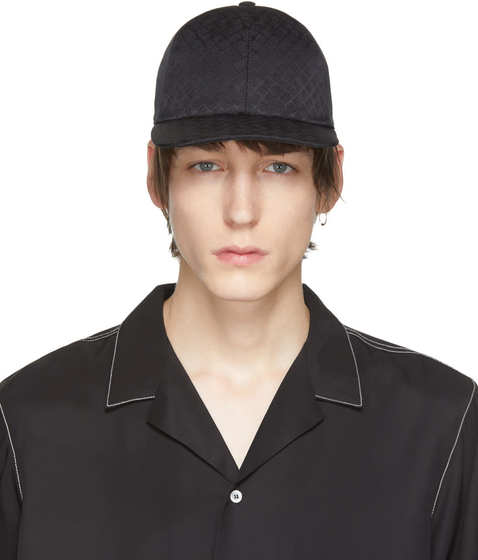 Image of Bottega Veneta Black Intrecciato Cap