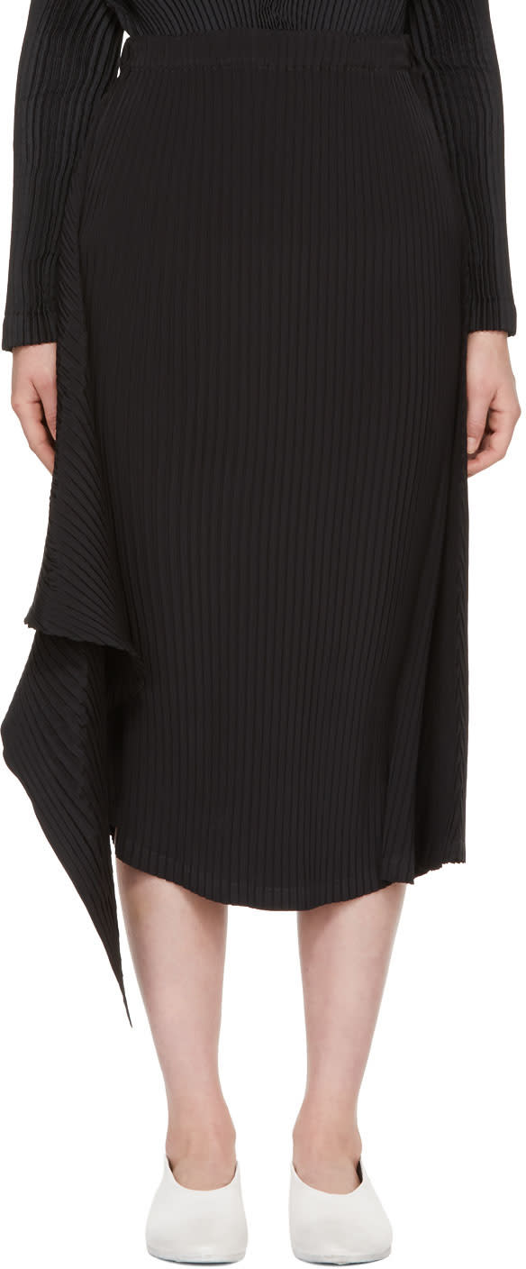 Image of Issey Miyake Black Double Stream Pleats Solid Skirt