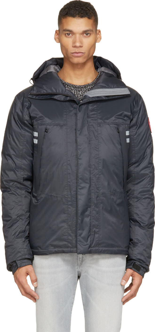 Canada Goose Black Mountaineer Down Jacket