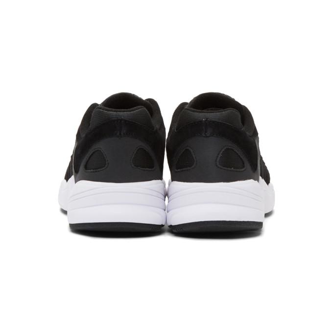 黑色 Yung-1 运动鞋展示图