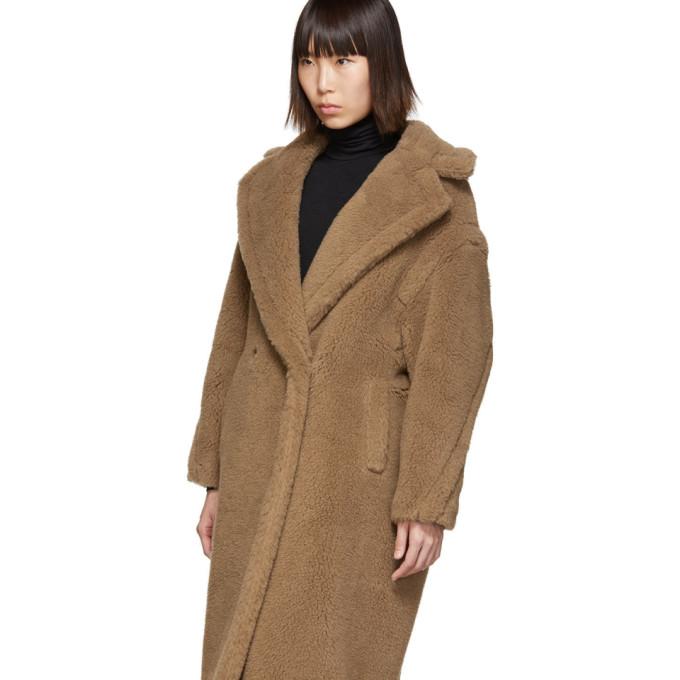 超大款双排扣纹理大衣展示图