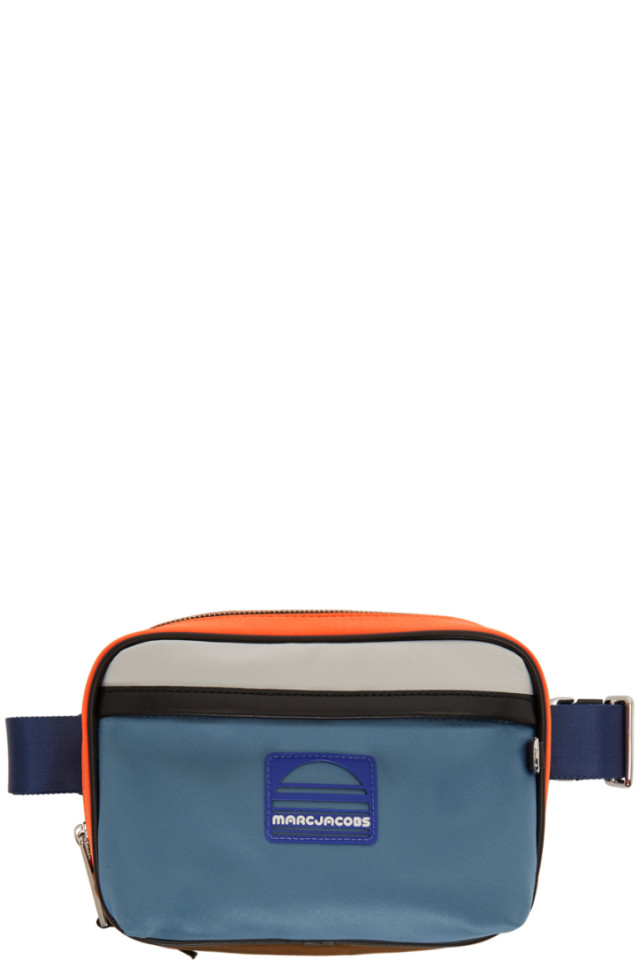 90bed0bc7927 Marc Jacobs Handbags Sale - Styhunt - Page 9