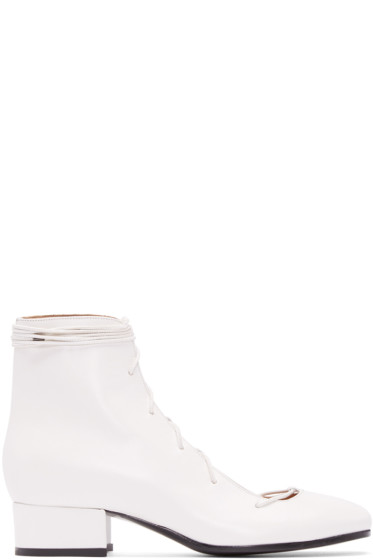 Carritz - White Lace-Up Oona Boots