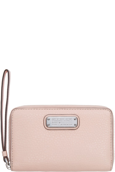 Marc by Marc Jacobs - Pink New Q Wingman Wristlet Wallet