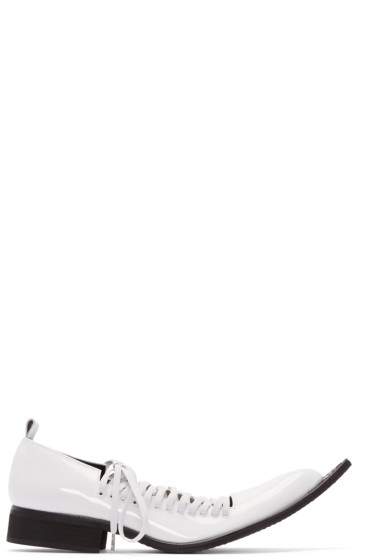 Comme des Garçons - White Patent Leather Pointed Oxfords