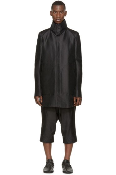 Thamanyah - Black Funnel Collar Coat