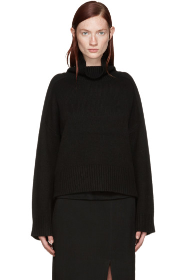 Wendelborn - Black Cashmere Turtleneck