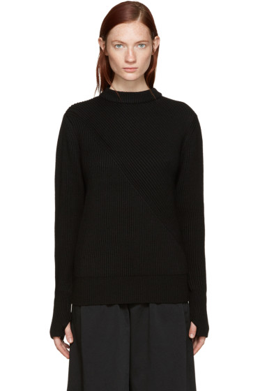 Hyke - Black Ribbed Sweater