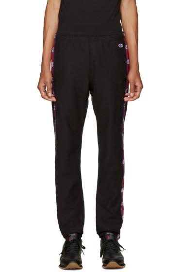 Champion Reverse Weave - Black Side Logo Lounge Pants