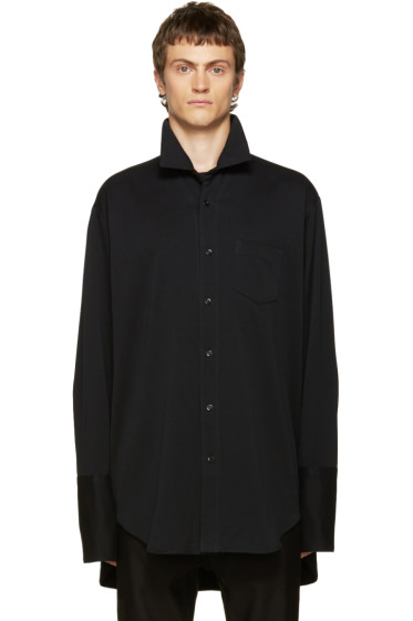 Yang Li - Black Big Shirt