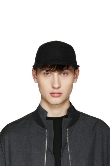 Larose - Black Five Panel Cap