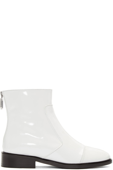 Courrèges - White Zippered Boots