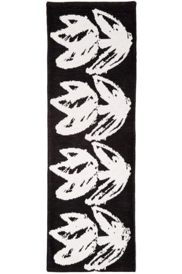 Writtenby - Black Tulip Knit Scarf