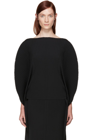Issey Miyake - Black Pleated Solid Earth Circle Top