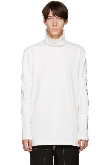 D by D - White Embroidered Turtleneck