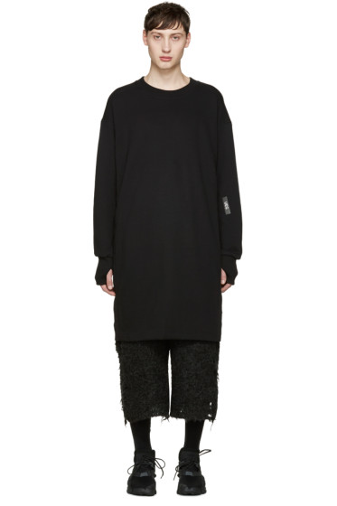 UEG - Black Long Pullover