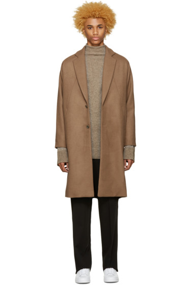 Undecorated Man - Brown Chester Coat