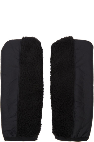 Cottweiler - Black Acre Mittens