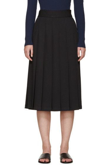Nomia - Black Pleated Skirt