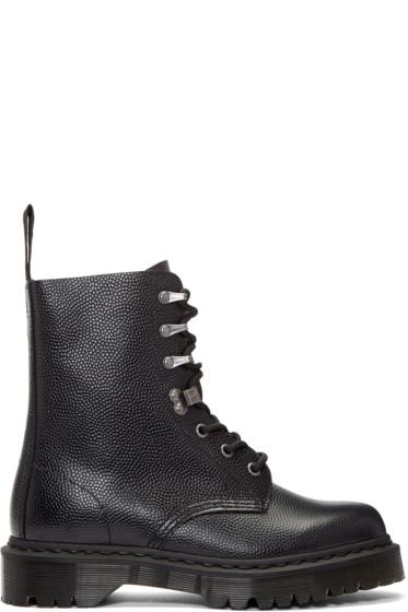 Dr. Martens - Black Pebbled Para Boots