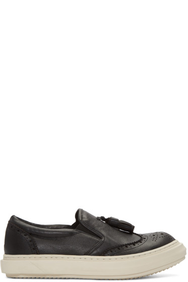 D.Gnak by Kang.D - Black Tassel Slip-On Sneakers