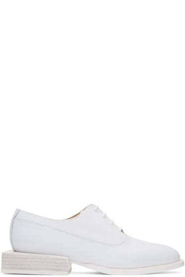 Jacquemus - White 'Les Chaussures Clown' Oxfords