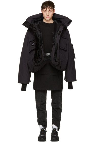 Vetements - Navy Canada Goose Edition Down Parka
