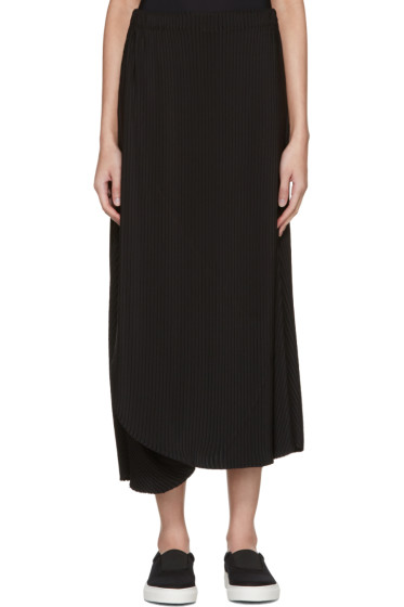 Issey Miyake - Black Pleated Skirt