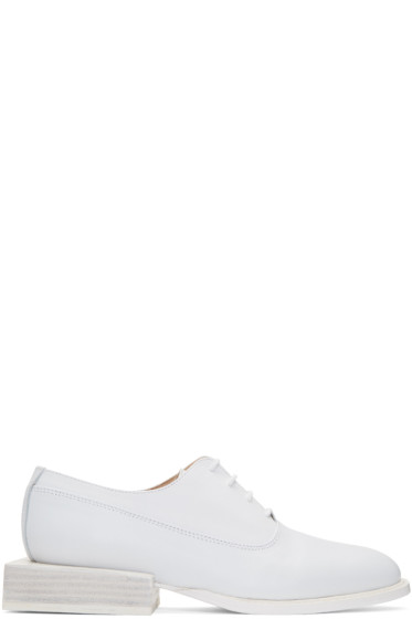 Jacquemus - White 'Les Chaussures Clown' Oxfords