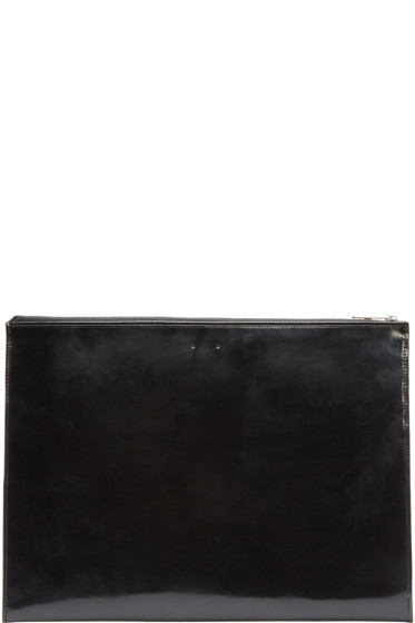 PB 0110 - Black CM 19 iPad Case