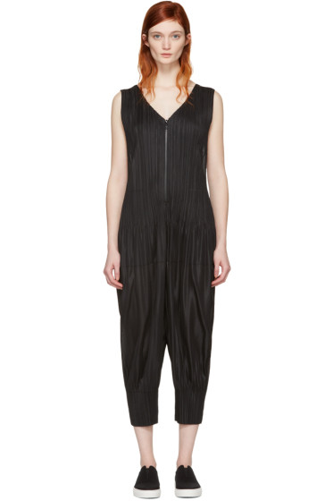 Pleats Please Issey Miyake - Black Pleated Jumpsuit